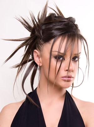 Вечерних причесок на длинные волосы
